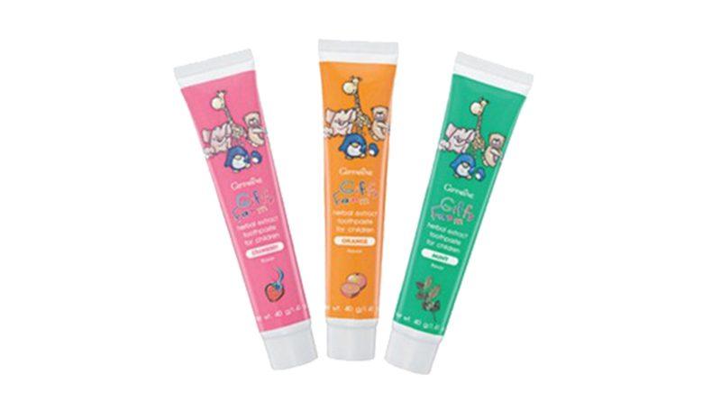 ยาสีฟันเด็ก Giffarine ยาสีฟัน สูตรผสมสมุนไพร กลิ่นมิ้นต์