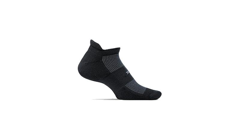 ถุงเท้าวิ่ง FEETURES รุ่น High Performance Light Cushion Running Socks