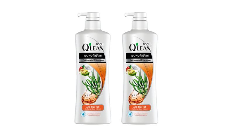 Q'lean คิวลีน แชมพู ขจัดรังแค สูตรลดปัญหาผมขาดหลุดร่วง Galbana Algae Extract (สีส้ม)