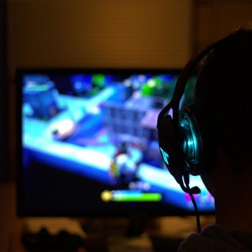 10 หูฟังเกมมิ่ง ยี่ห้อไหนดี เสียงฟังชัด นุ่มนวล 2021
