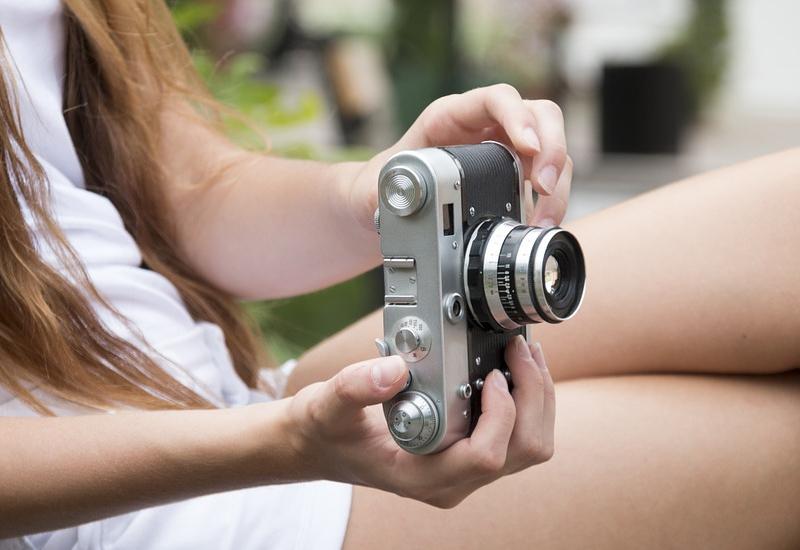 5 กล้องถ่ายรูปสำหรับถ่ายไลฟ์สด ยี่ห้อไหนดี ถ่ายภาพคมชัด ไม่มีสะดุด 2021